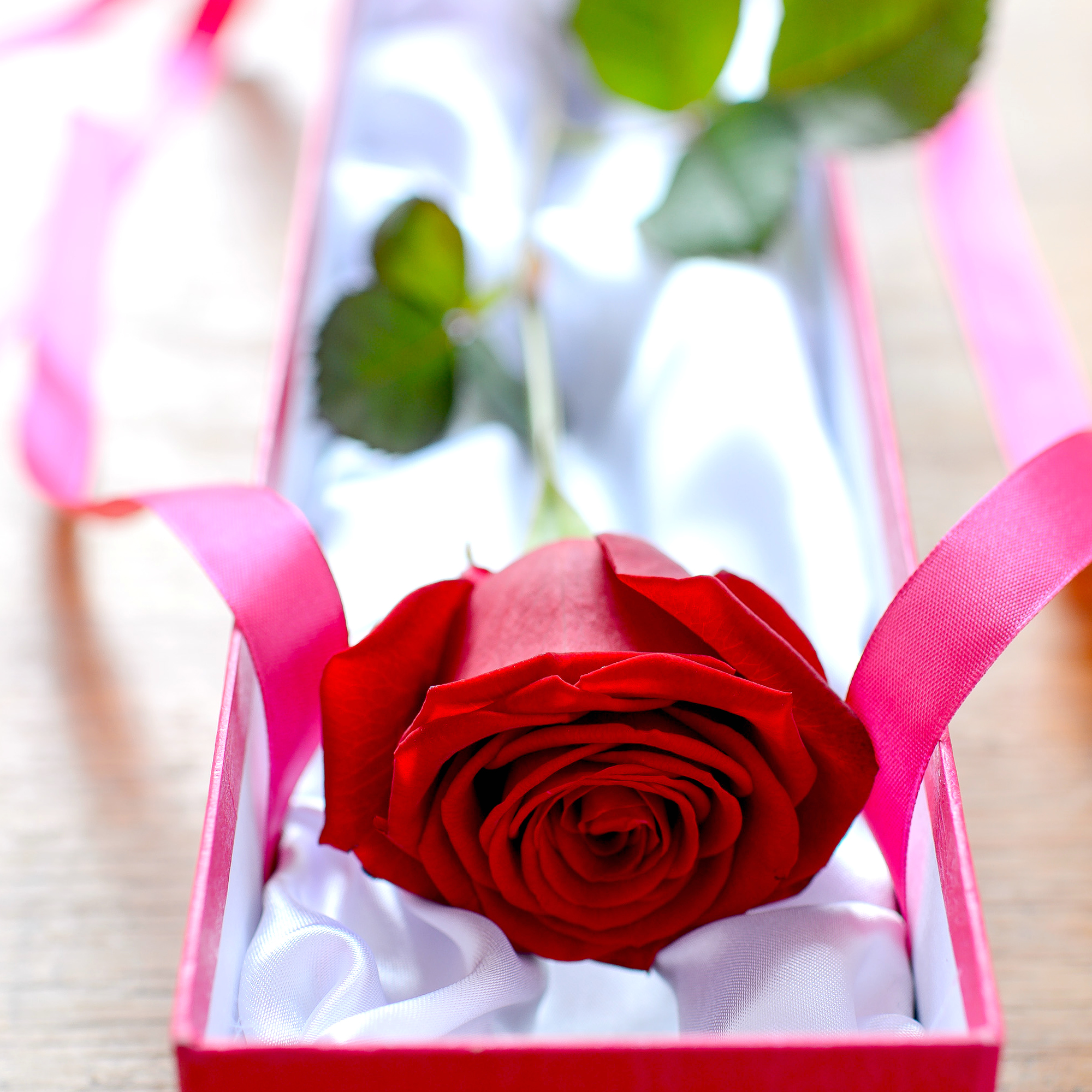 Valentines Flowers: Romantic flowers delivered for Valentine\'s Day ...