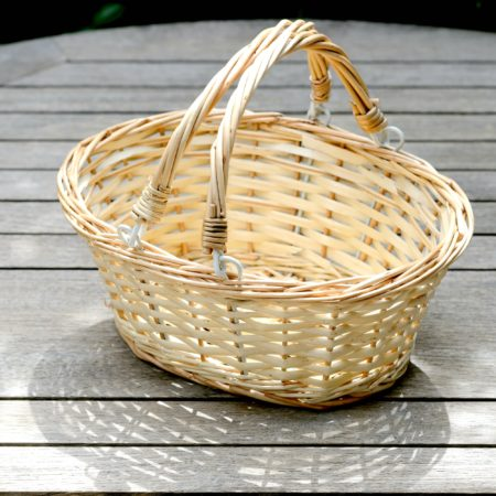 WICKER BASKET FOR CONFETTI
