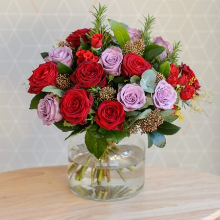 Bouquet Of Deluxe Vintage Red & Lilac Rose In Vase