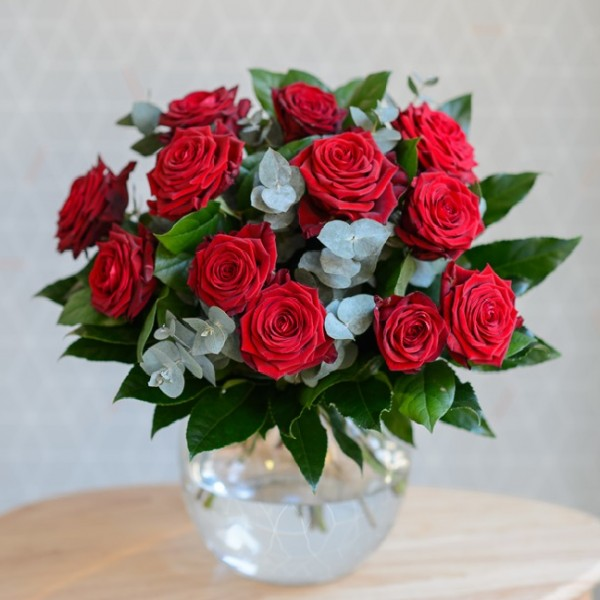 Vase Of Dozen Red Roses Valentine Bouquet