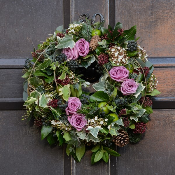 APPLE-AND-BLUSH-ROSE-DOOR-WREATH-600x600