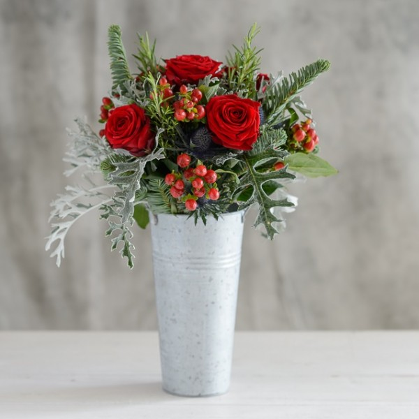 Festive Collection * Florist Bucket Of Festive Flowers