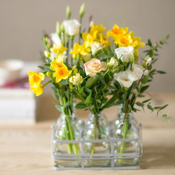 BUTTERCUP-FIELDS-SPRING-FLOWER-BOTTLES-600x600
