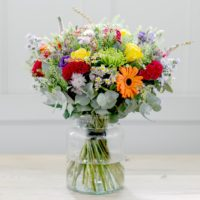 GARDEN PATH LUXURY FLOWER BOUQUET