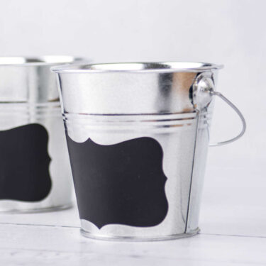 SET OF 3 LITTLE METAL BUCKETS WITH BLACKBOARD STICKER