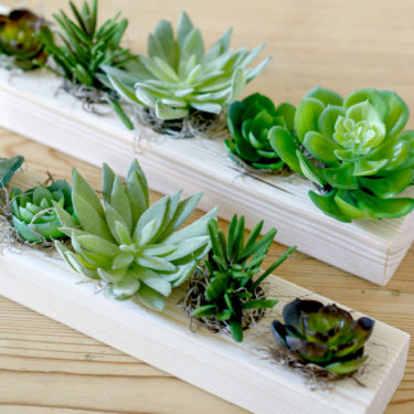 ARTIFICIAL MIXED SUCCULENT TRAY WITH SPANSIH MOSS