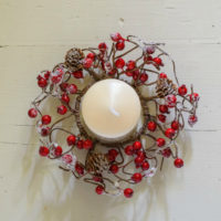 WINTER FROSTED BERRY CANDLE RING
