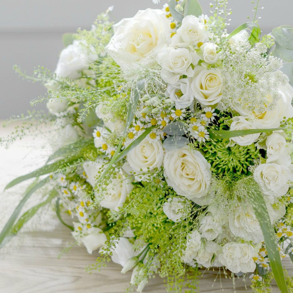 MEMORY-LANE-LUXURY-FLOWER-BOUQUET-2