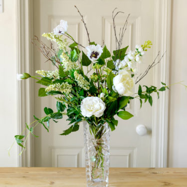 WINTER FLORAL TALE BOUQUET
