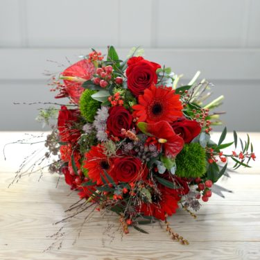 WINTER WALTZ BOUQUET