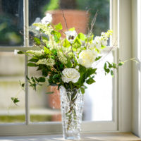 WINTER WHITE FLORAL TALE BOUQUET