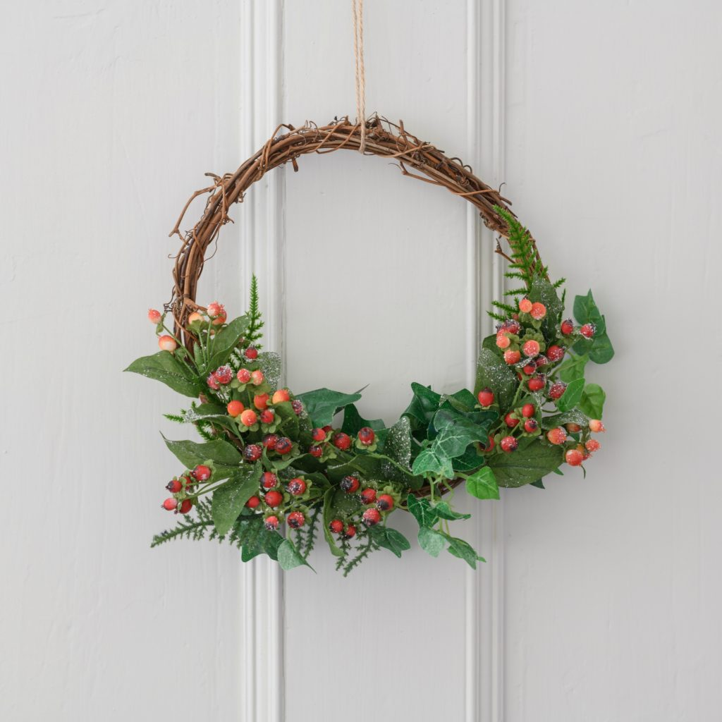 WOODLAND-RED-BERRY-IVY-VINE-WREATH