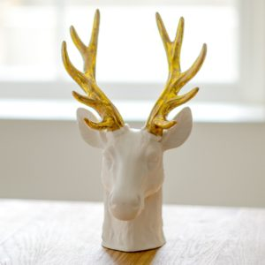 WHITE-PORCELAIN-STAG-HEAD-WITH-GOLDEN-ANTLERS-3