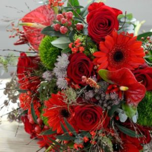 WINTER-WALTZ-LUXURY-RED-FLOWER-BOUQUET-600x600