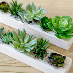 ARTIFICIAL-MIXED-SUCCULENT-TRAY-WITH-SPANSIH-MOSS
