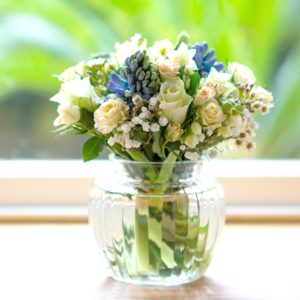 SPRING-BLOSSOM-ROSE-HYACINTH-POSY-WITH-VINTAGE-VASE
