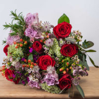 my queen of hearts luxury bouquet