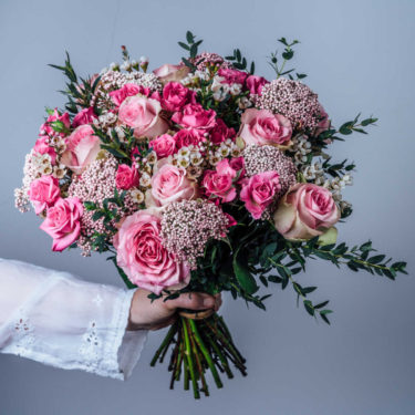PRETTY IN PINK LUXURY ROSE BOUQUET