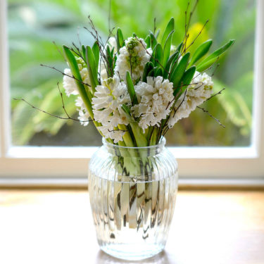 WOODLAND WHITE HYACINTH POSY