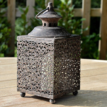 Little Square Lattice lantern Garden