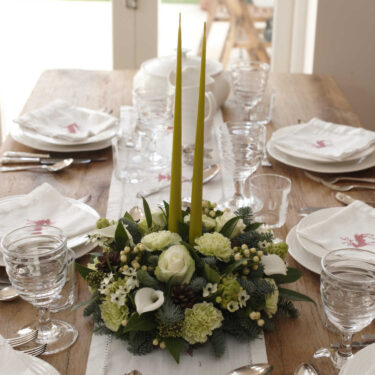 white & green flower table dec
