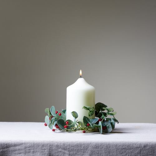Candle ~ Faux Foliage & Berry Ring