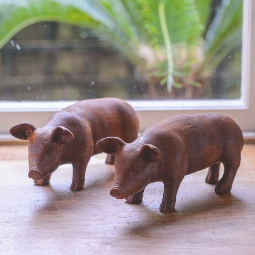 Garden ~ Mini Rusty Piglet Garden Ornament